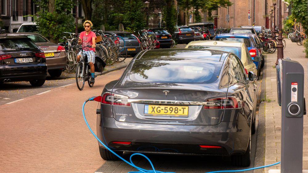 Om få år kan det bli enklere å dra på bilferie med elbil i Europa.