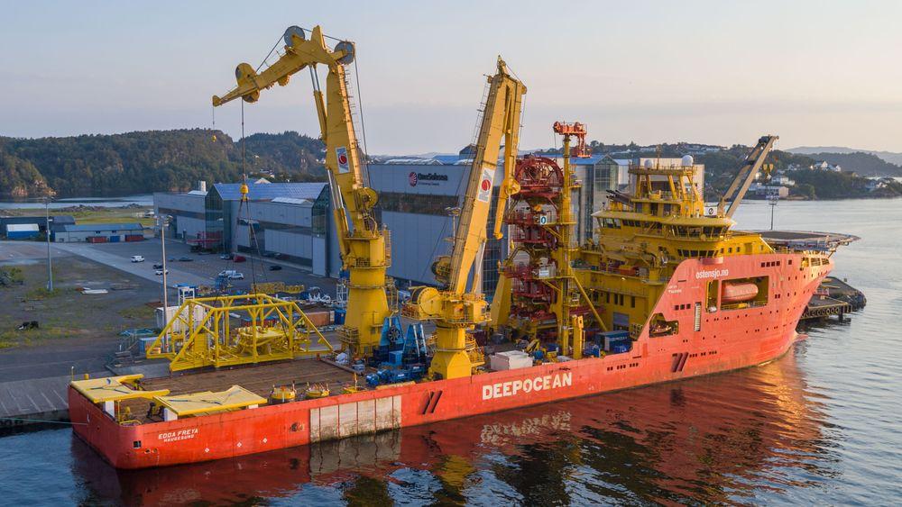Pumpestasjonen ble installert offshore ved hjelp av fartøyet Deep Ocean. Den har vært i drift siden mai og skal bidra til økt oljeutvinning fra Vigdis-feltet på omtrent 16 millioner fat.