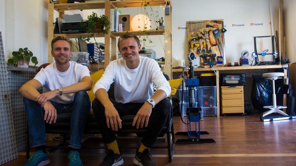 Kristian Vemund Haaland og Øystein Blix Walderhaug er gründerne bak oppstartsselskapet Haawal og flomsikringen «Flood Grating».