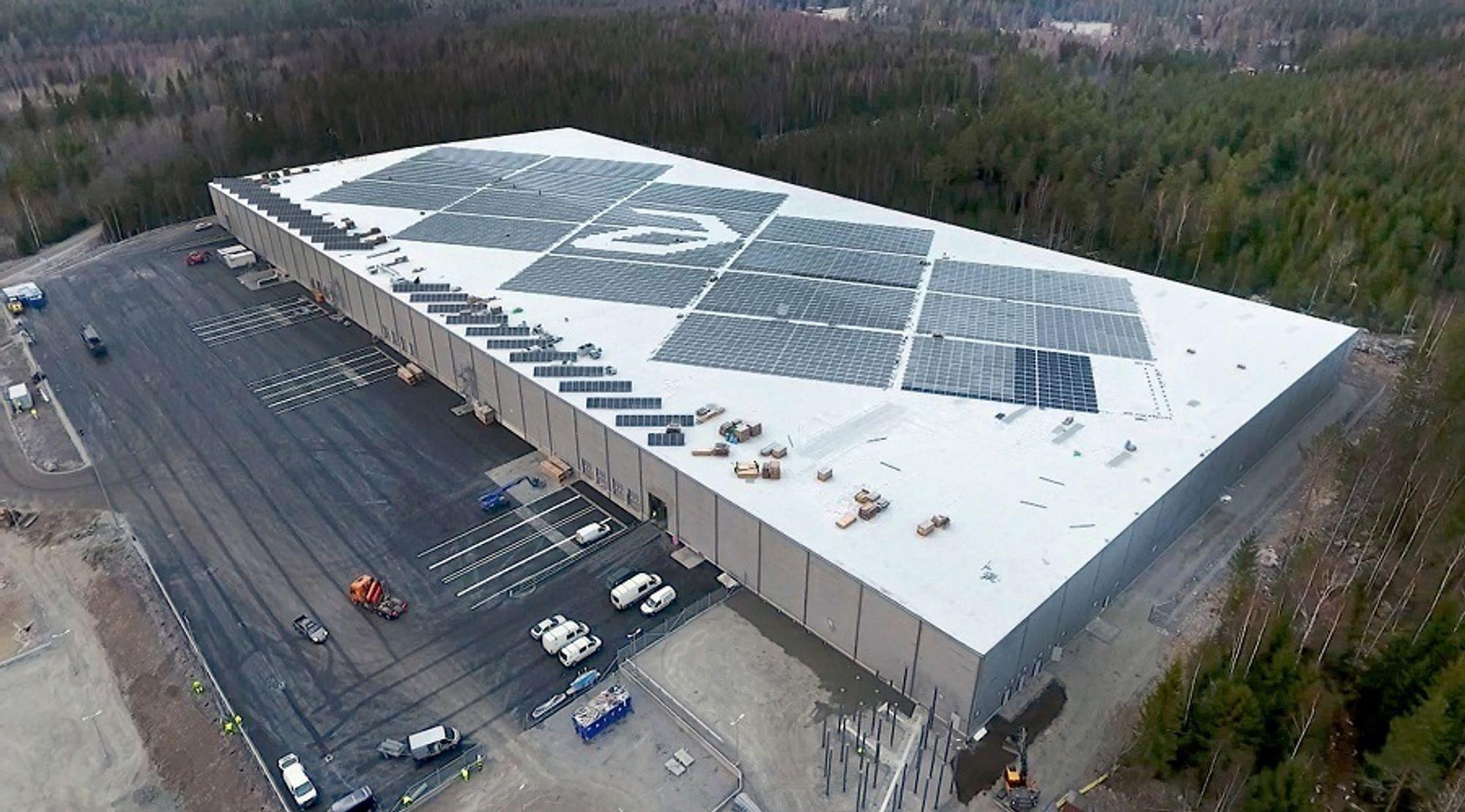 Transportsentralen til farmasiselskapet Apotea i Morgongåva leverer 1,5 GWh med elektrisitet hver år.