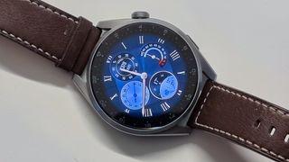Huawei Watch 3 Pro: Treningsklokke med mye attåt