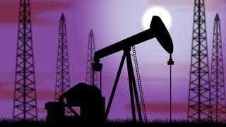 Flyttes oljeproduksjonen til andre land hvis Norge kutter? Ikke bare – forskningen tyder klart på at det fører til både noe høyere utvinning og noe lavere oljeforbruk, skriver artikkelforfatteren.