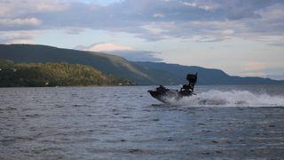 Den autonome vannscooteren Ægir har blitt videreutviklet av sommerstudenter siden 2015.