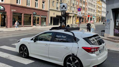 Apple Maps snirklet seg gjennom Grünerløkka den 10. august 2021. Her avbildet ved Thorvald Meyers gate og Helgesens gate.