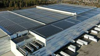 Her er prosjektet som setter standarden for solcelleanlegg på flate tak