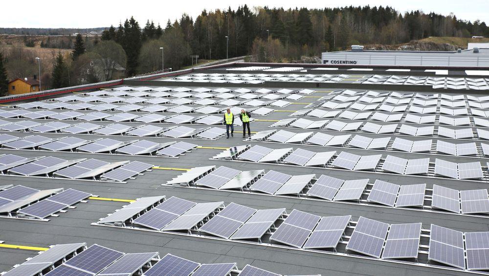 Solenergien på Vestby kommer godt med i et lager med stort kjølebehov.