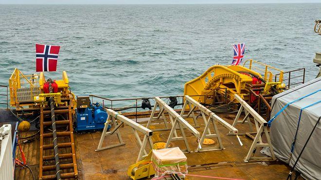 Vil bygge havvind med kabel til Storbritannia og Norge: – Vi kommer ikke til å tappe Norge for kraft