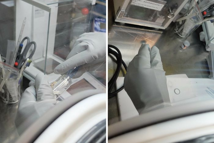 Glassfiber legges over natriumanoden.