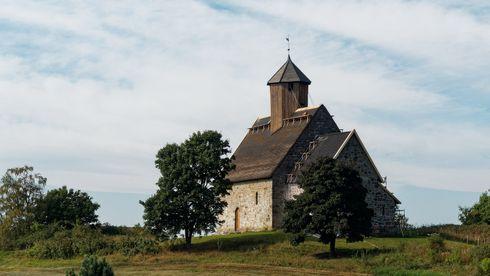 Tingelstad gamle kirke på Gran i Viken