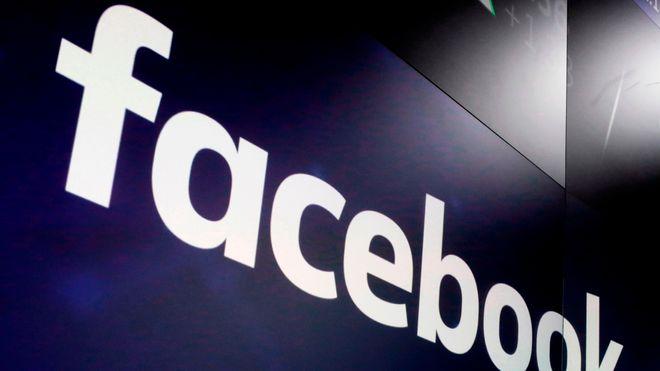 Facebook merket svarte menn i video som primater