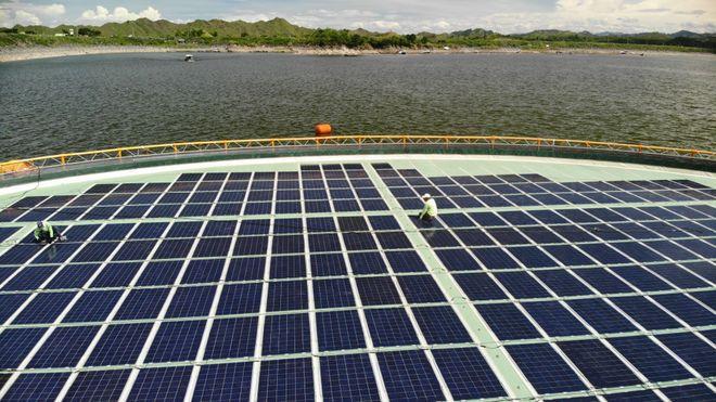 Norske selskaper skal lageverdens første hybridkraftverk med sol og vann
