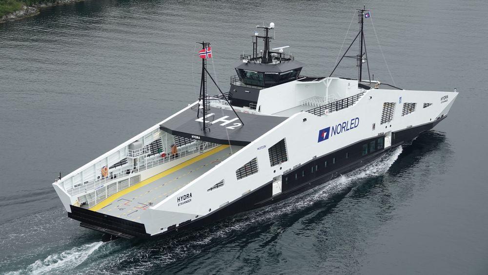 Nordleds MF «Hydra» er bygget for hydrogendrift, og får sine hydrogentanker på plass neste år.