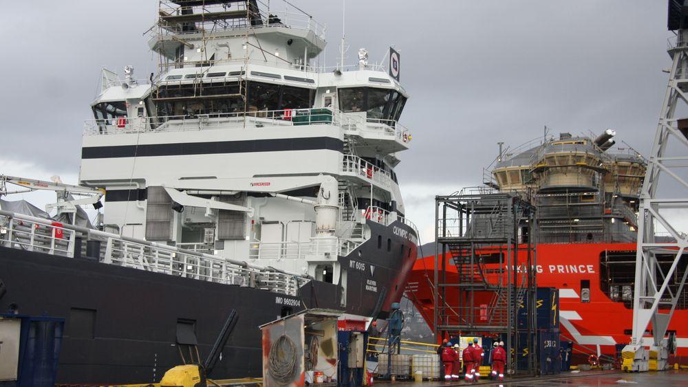 To skip ble utrustet samtidig ved Kleven Verft for noen år siden. Verftene er viktig for hele den maritime klyngen.
