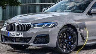 BMW 545e xDrive.
