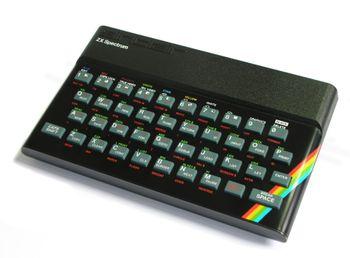 Hjemmedatamaskinen Sinclair 48K ZX Spectrum.