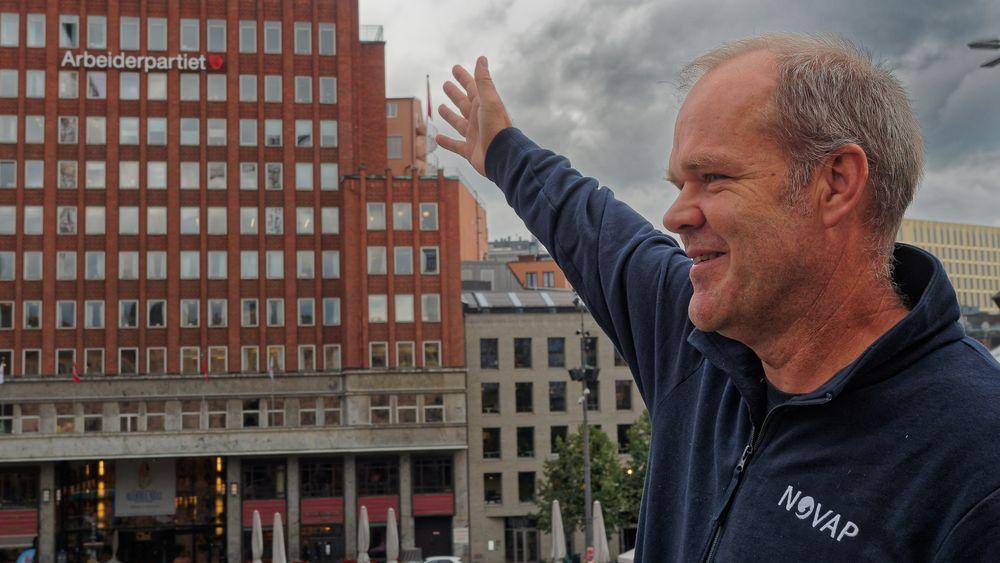 Bård Baardsen og Novap håper at den nye regjeringen, med Jonas Gahr Støre som statsminister vil stille byggenæringen overfor strengere krav om både klimagassutslipp og energibruk