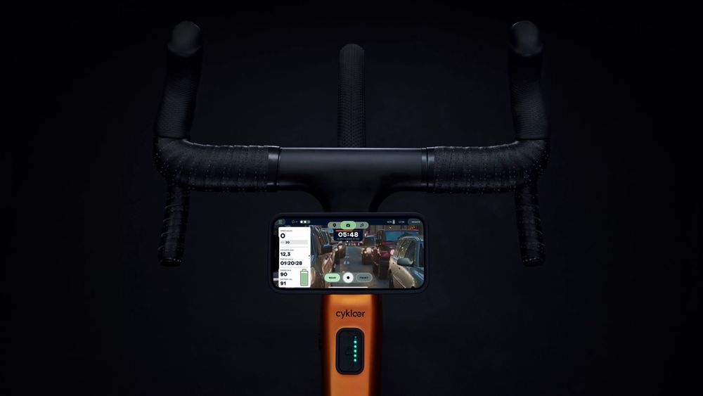 Et bak-kamera fungerer som et virtuelt speil i Cyklær-appen og skal bidra til økt sikkerhet på veien.