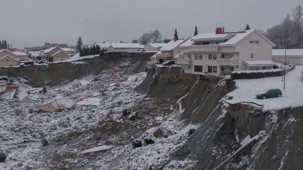 Natt til 30. desember 2020 gikk det et større leirskred i Ask i Gjerdrum kommune. Ti mennesker mistet livet i skredet.