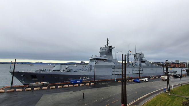 Splitter ny tysk fregatt i Oslo – foreløpig uten norske missiler om bord
