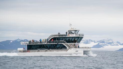Første sommer med hybridskipet Bard: – Det er en helt annen opplevelse