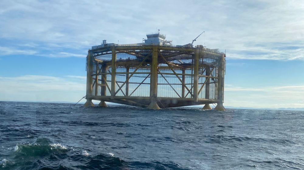 Ocean farm 1 blir den første havbruksinstallasjonen Light Structures leverer sensorer til.