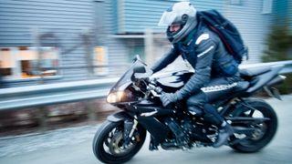 Nær halvparten av motorsykler bråker ulovlig høyt