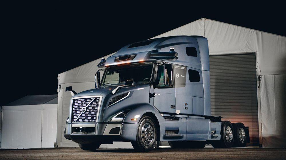 Lastebilprodusenten kartlegger nå passende regioner og ruter for å gjennomføre de første pilottestene på amerikanske motorveier.