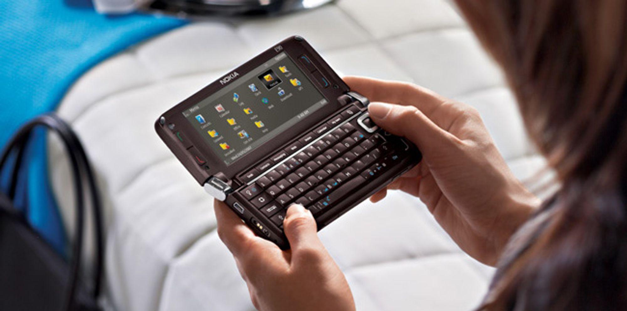 Nye Nokia E90 Communicator kjører Symbian og Series 60 (Foto: Nokia)
