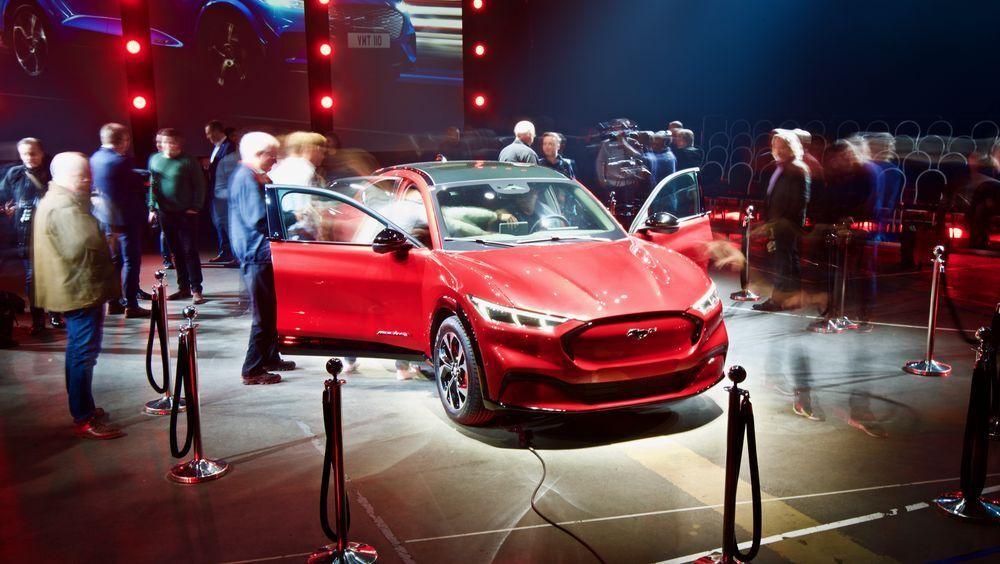 Ford Mustang Mach-e under fremvisningen i Oslo i 2019. Nå får bilen lengre rekkevidde.