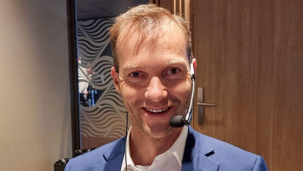 Batterigründer: Svein Kvernstuen har allerede satt sitt egenutviklede batteri i produksjon.