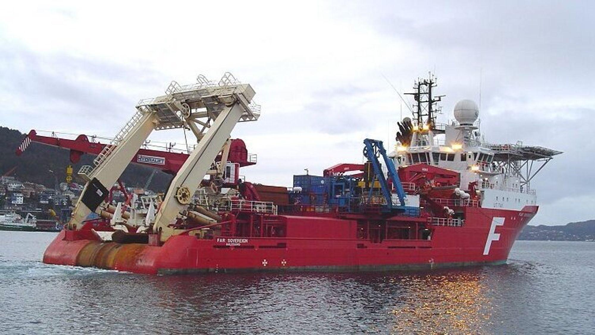 Ankerhåndteringsskipet Far Sovereign tilhørte en gang verdens største offshorerederi, Farstad, før det i 2017 ble en del av Solstad Offshore i kjølvannet av 2014-oljeprisfallet. Skipet ble bygget i 1999.