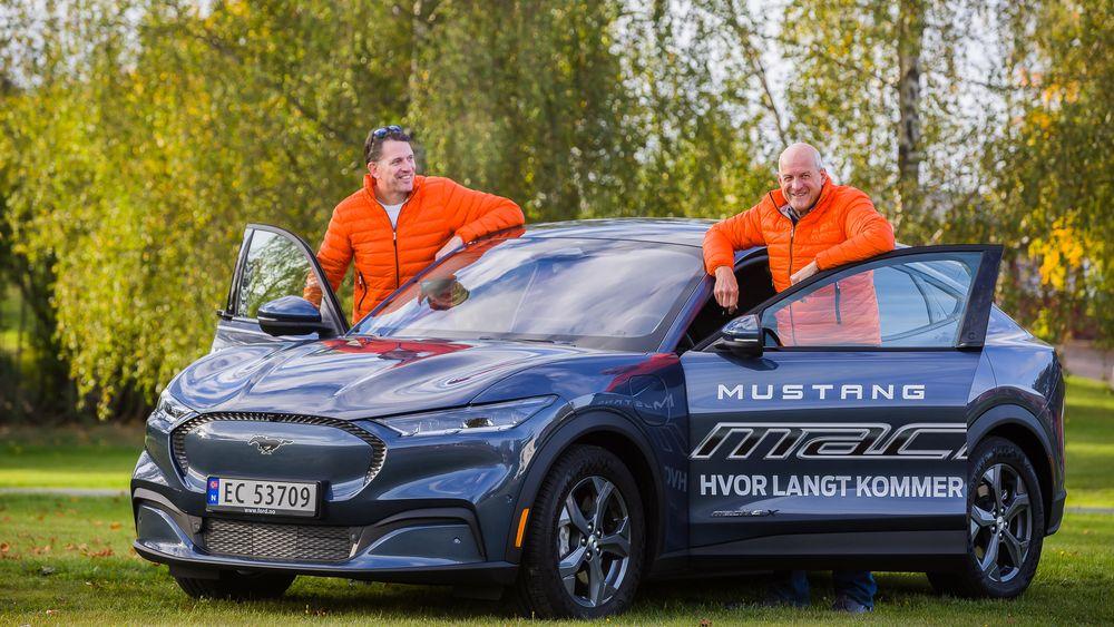 Henrik Borchgrevink og Knut Wilthil kjørte Ford Mustang Mach-E fra Trondheim til Kristiansand uten å lade.