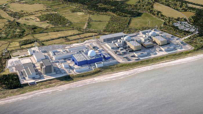 Kjernekraftverket Sizewell B til venstre skal bygges ut med et nytt kraftverk, Sizewell C.
