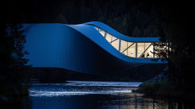 Norsk lyspris, the twist, zenobel spectrum, lysdesign, light bureau