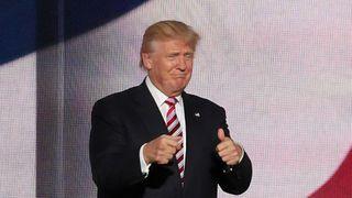 Tidligere president Donald Trump sier han skal lage et nytt sosialt nettverk.