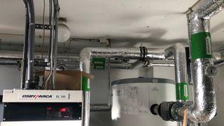 Høye fjernvarmepriser: Ville trolig spart på varmepumpe