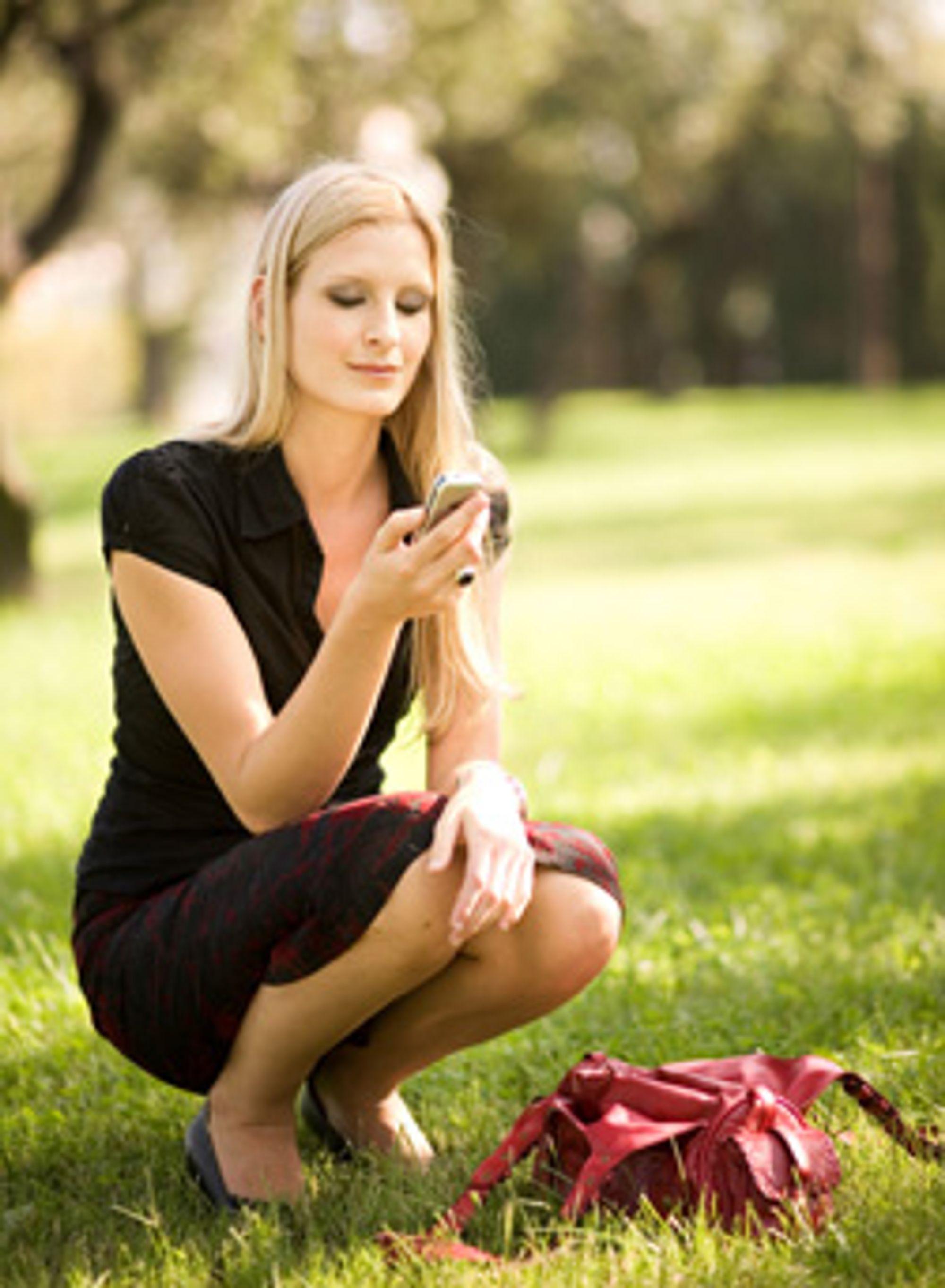 Neste år kan du kanskje skrive SMS i sola uten problemer