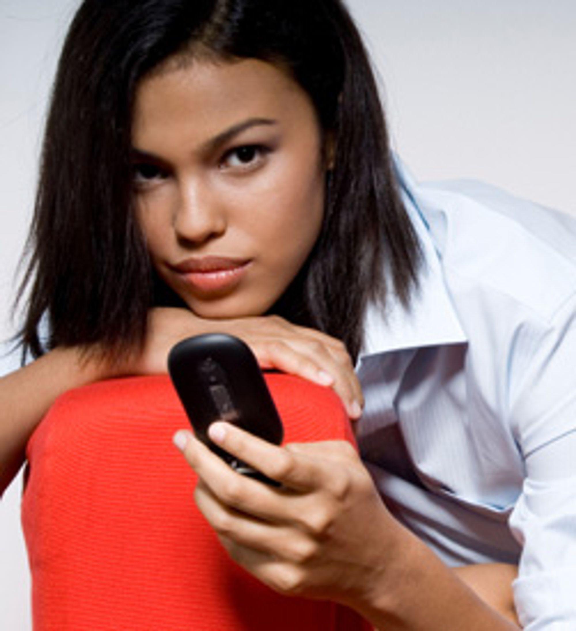 Foretrekker du å sende SMS fremfor å ringe? (Foto: Istockphoto / Phil Date)