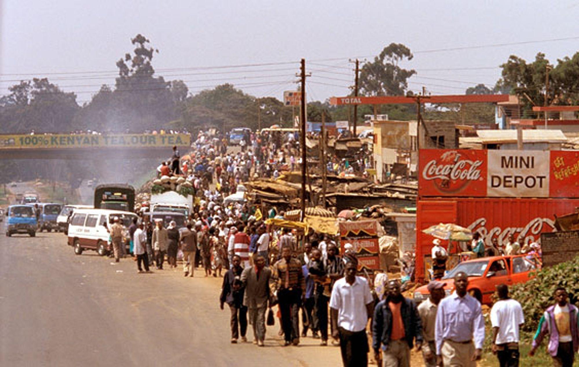Et ikke uvanlig syn langs veiene i Østafrika.