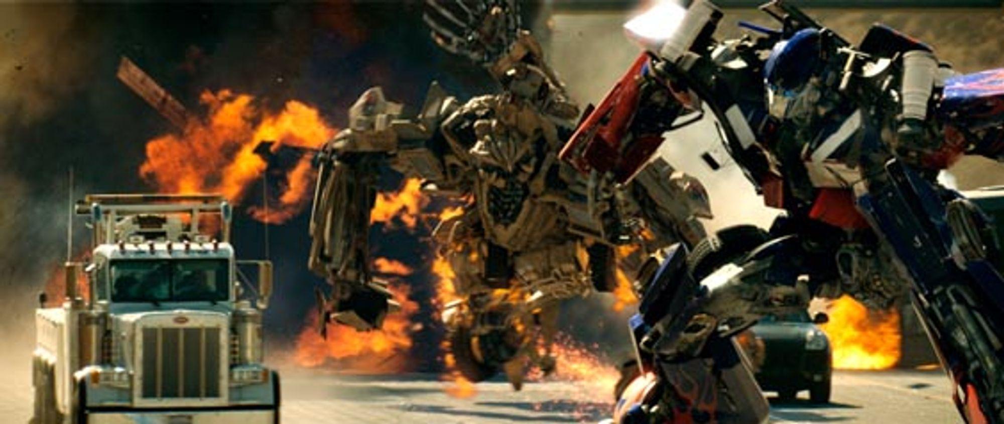 Optimus Prime i angrepsposisjon.