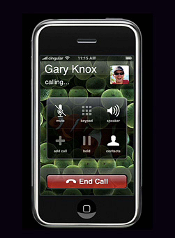 Med litt forbehold, kan du nå ringe med iPhone i Norge. (Foto: Apple)
