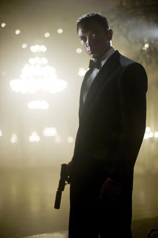 Daniel Craig tar på seg agentskoene igjen i desember.