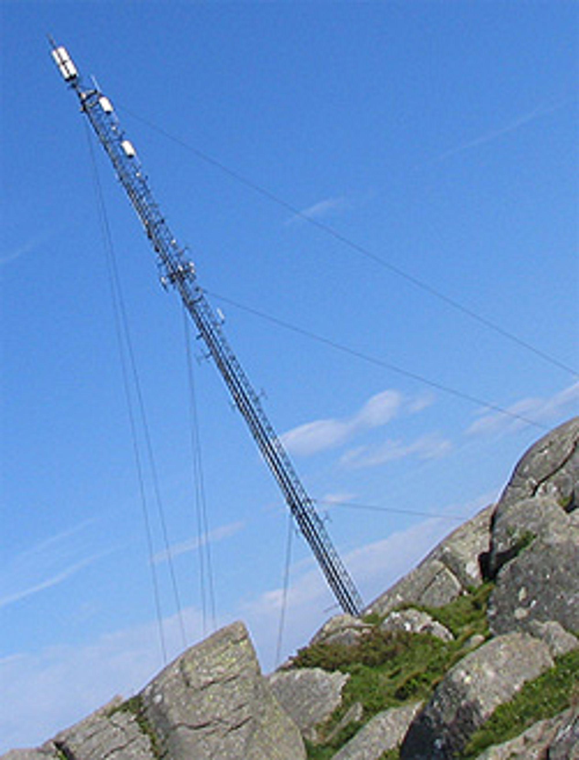 Det er trøbbel i tårnet hos Telenor. (Foto: Marius Valle)