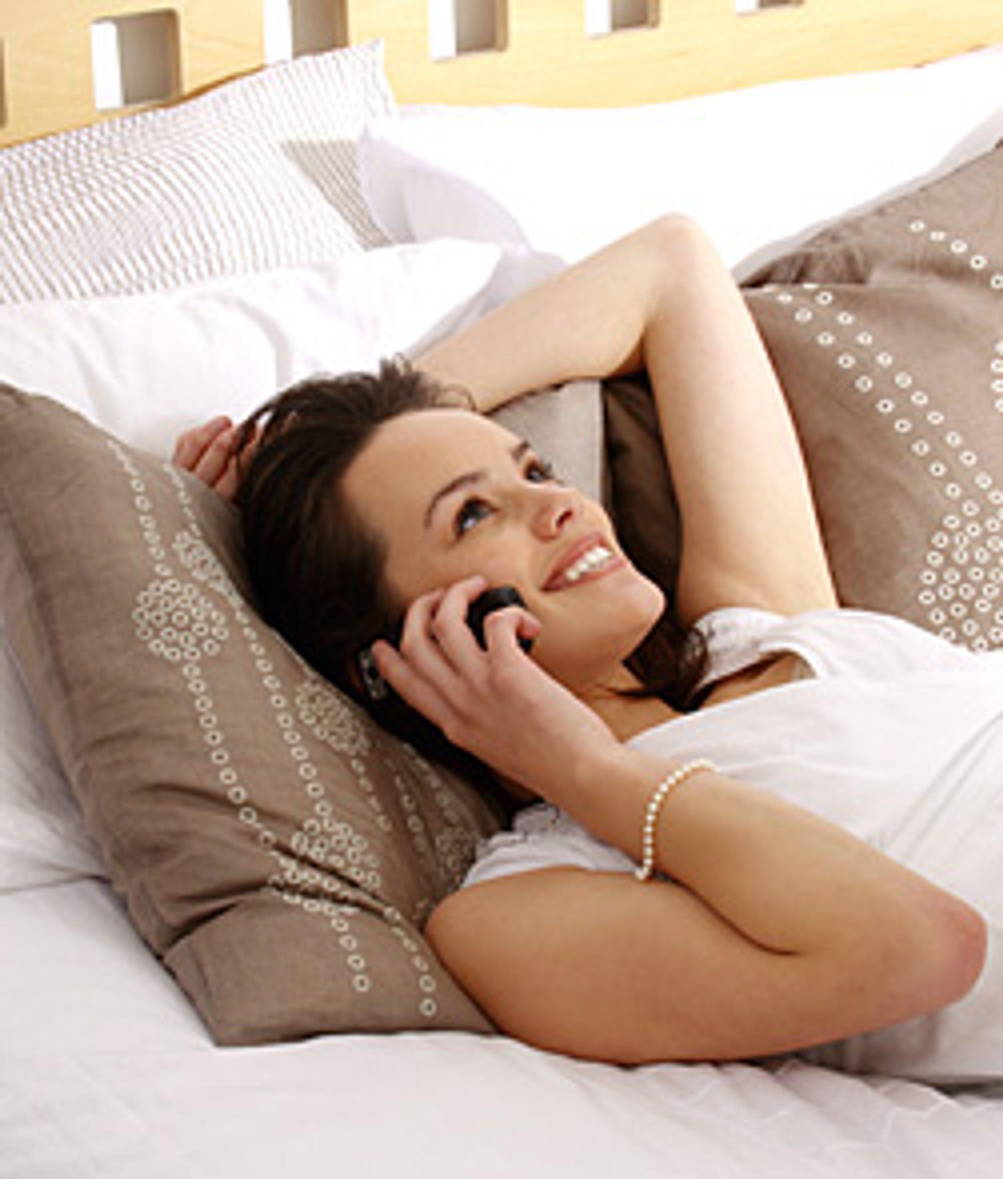 Med IP-telefoni kan samtalene vare litt lengre. (Foto: Istockphoto / Izabela Habur)