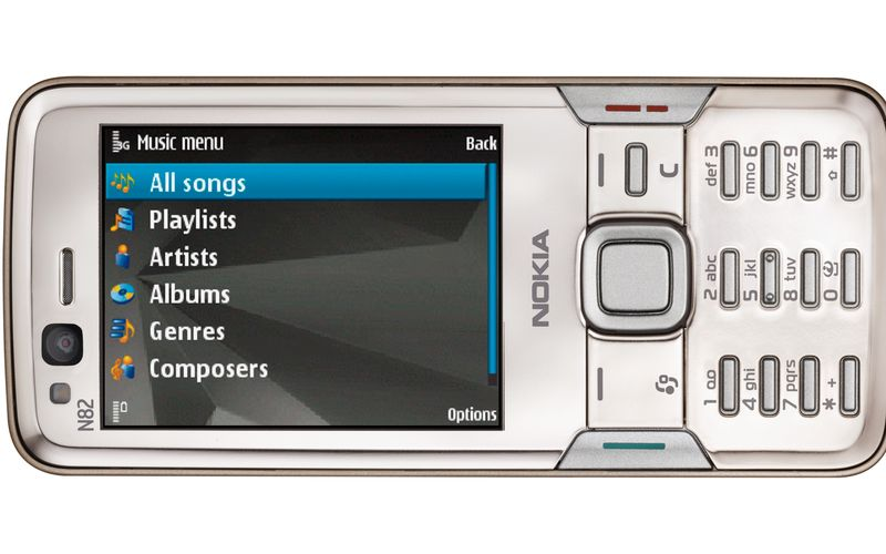 Напомним, что официальная презентация телефона Nokia N82 состоится завтра,