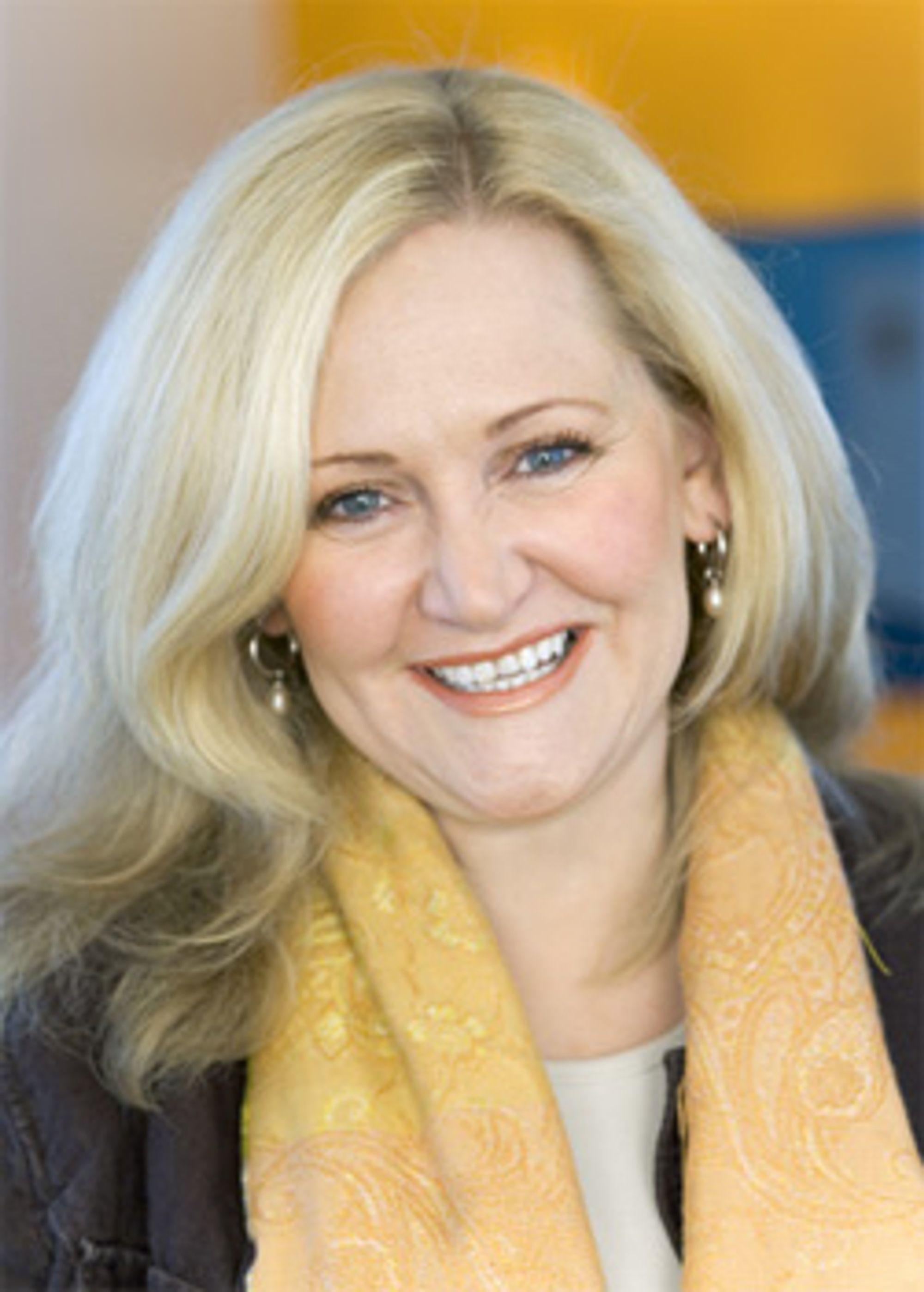 NetComs Guri Wormdahl garanterer forsinkelser klokka 12 på nyttårsaften. (Foto: NetCom)