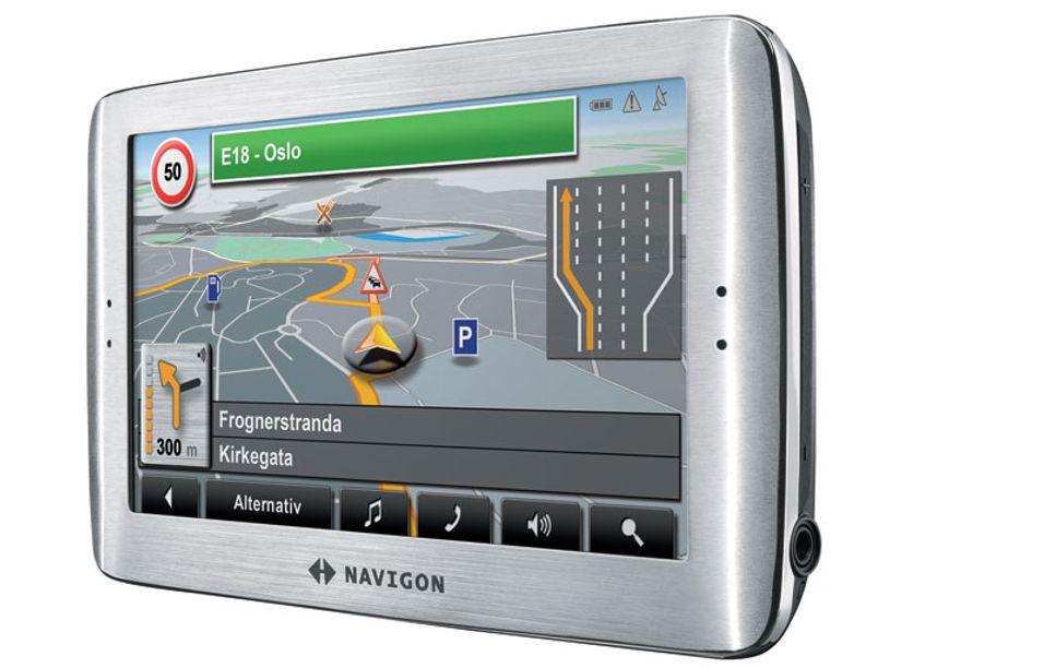 Navigon 8110 har stor skjerm.
