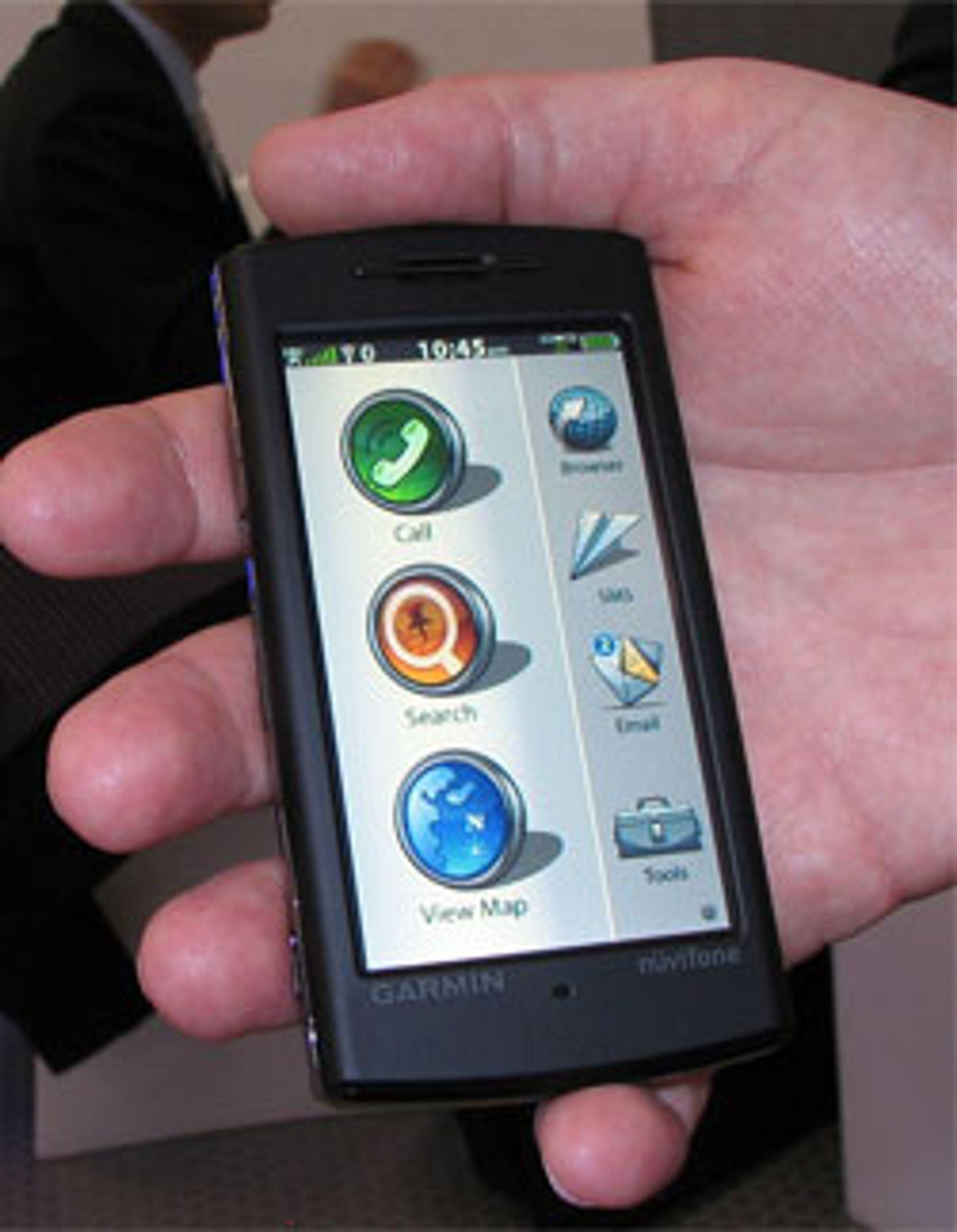 Her er Garmins første GPS-smarttelefon.