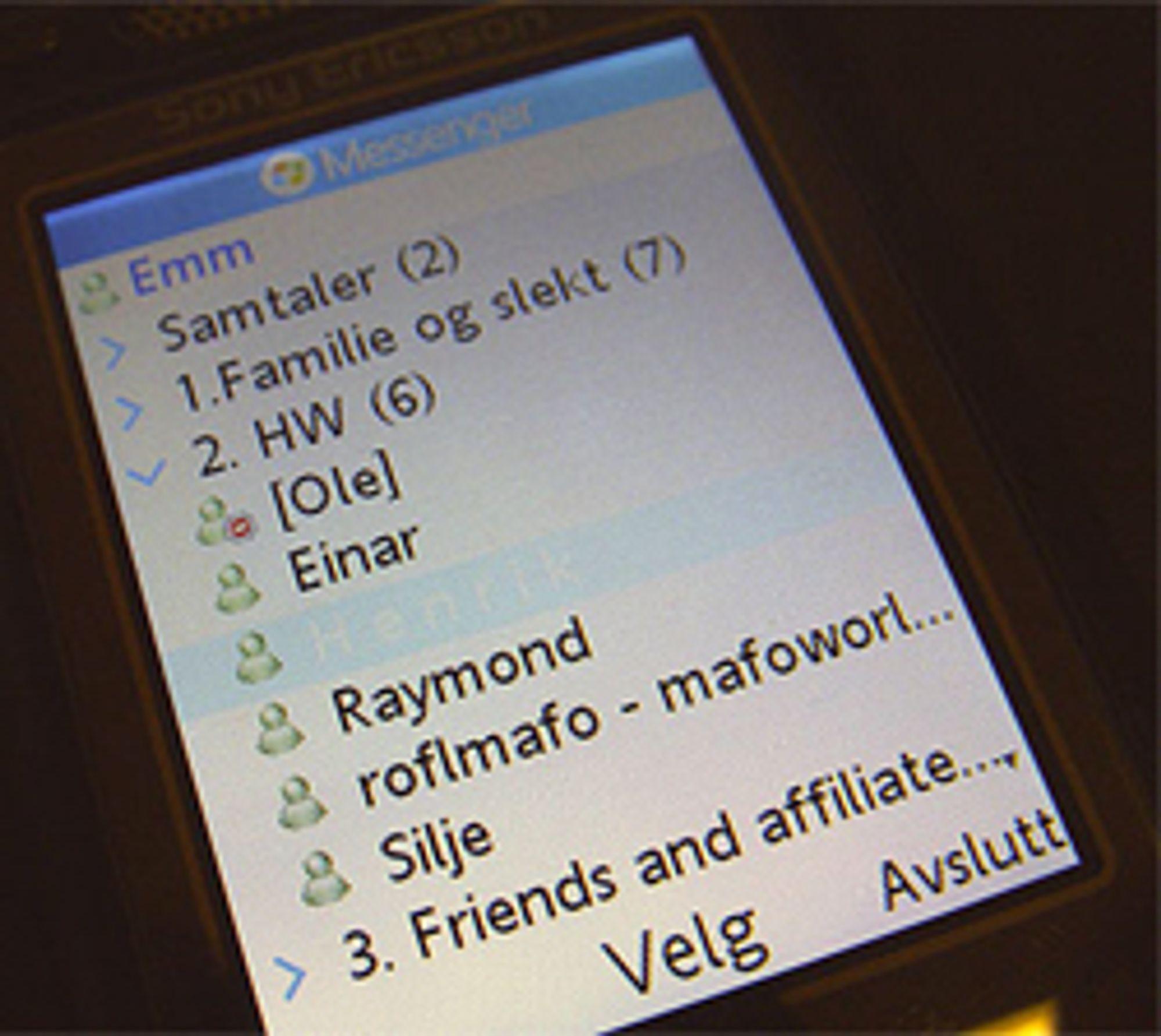 MSN på mobilen kan kanibalisere operatørenes SMS-inntekter.