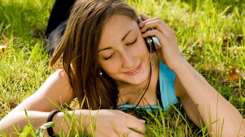 Med Youngtalk Plus kan du sommerflørte enda litt mer på telefonen.